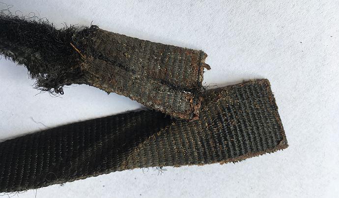 Przekrojone sandały Source