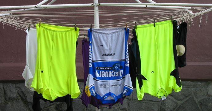 Suszenie ubrań rowerowych