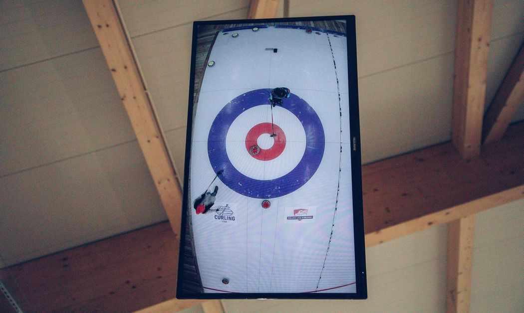 Podgląd na grę w curling