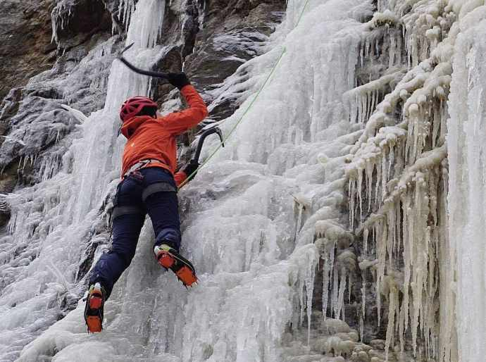 Spodnie softshellowe w lodzie
