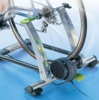 Trenażer rowerowy trening