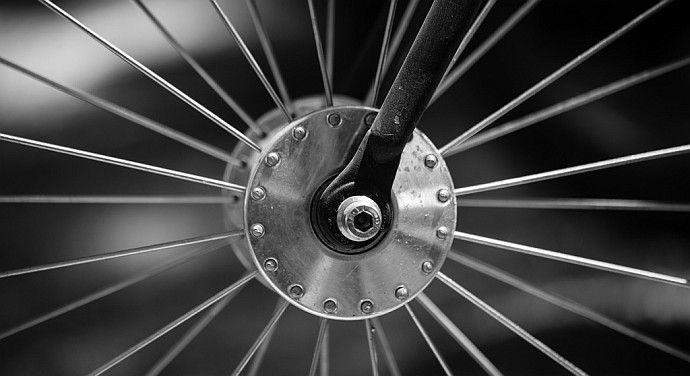 Jak wymienić koło w rowerze