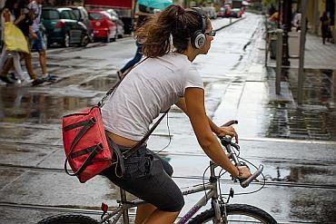 Muzyka na rowerze słuchawki