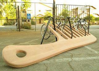 Artystyczne stojaki rowerowe grzebień