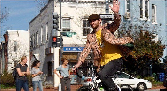 Czy pozdrawiać się na rowerze?