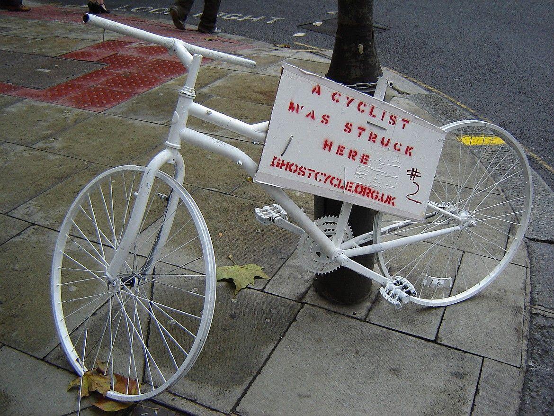 Biały rower
