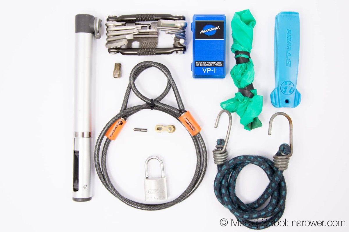 narzędzia rowerowe na wycieczkę
