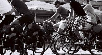 Samotny wyjazd rowerowy czy w grupie