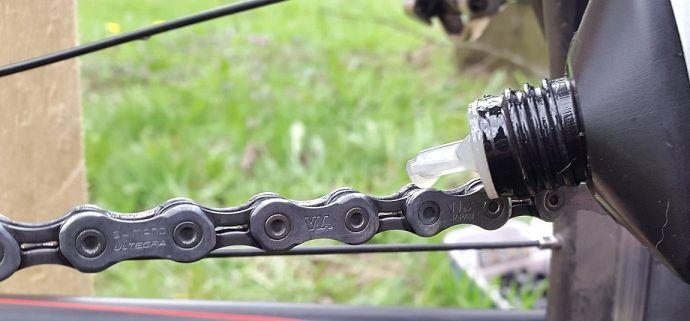 Czy smarować łańcuch w rowerze