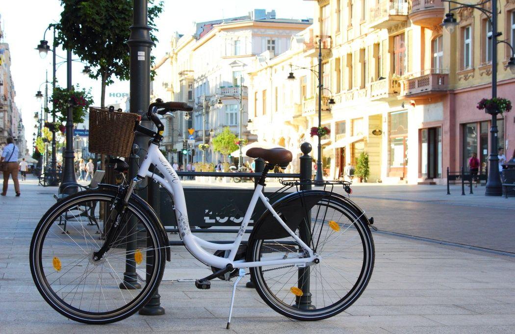 Ulica Piotrkowska Łódź rowery