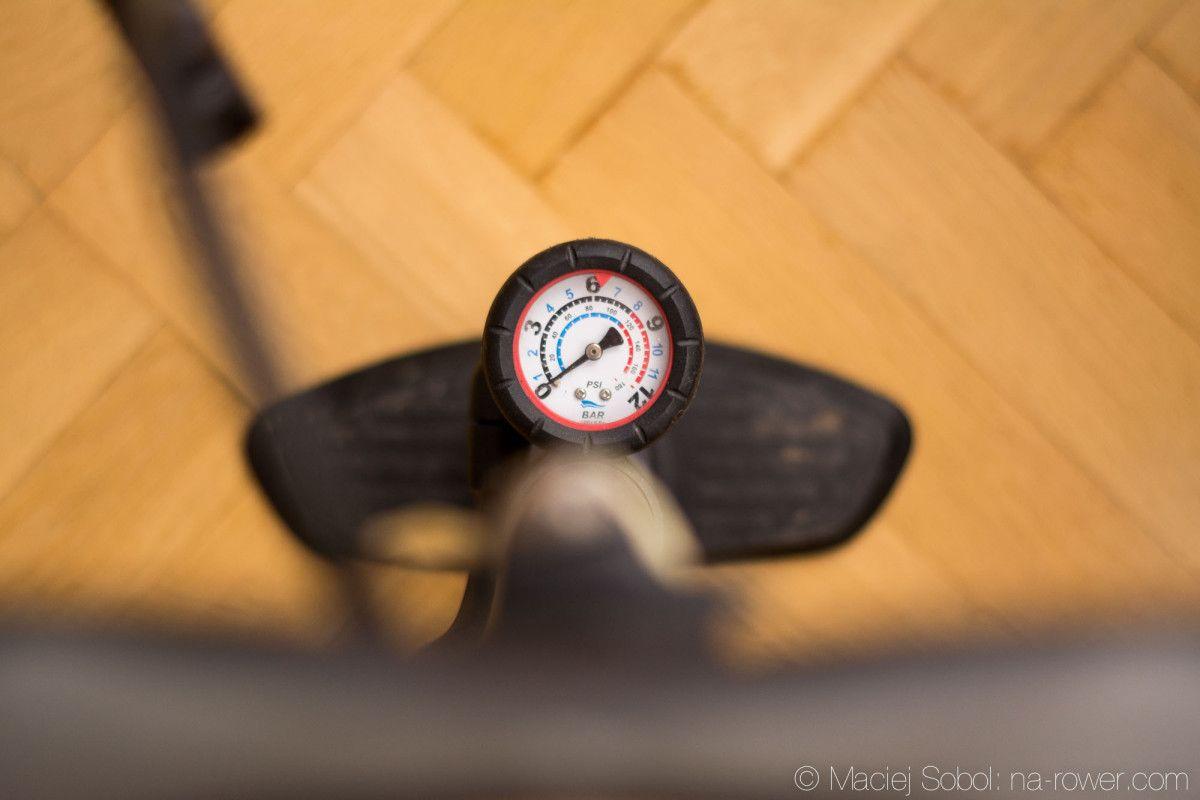 Pompujemy koła - Do jakiego ciśnienia pompować opony w rowerze?