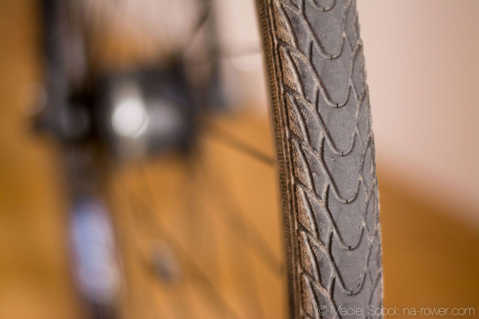 Jak prawidłowo zmienić oponę w rowerze?