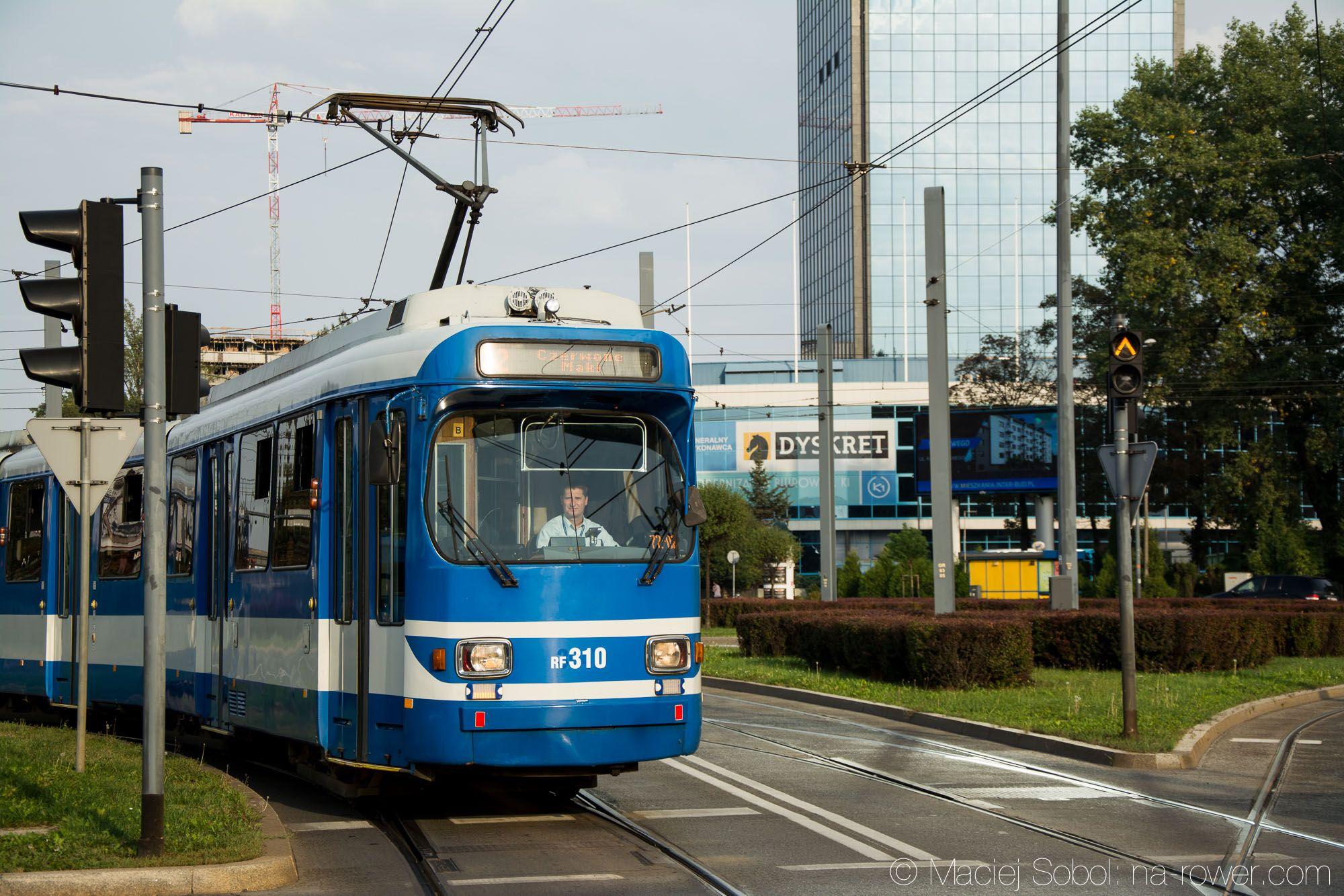Tramwaj Düwag GT8S - Kraków (2015) transport zrównoważony