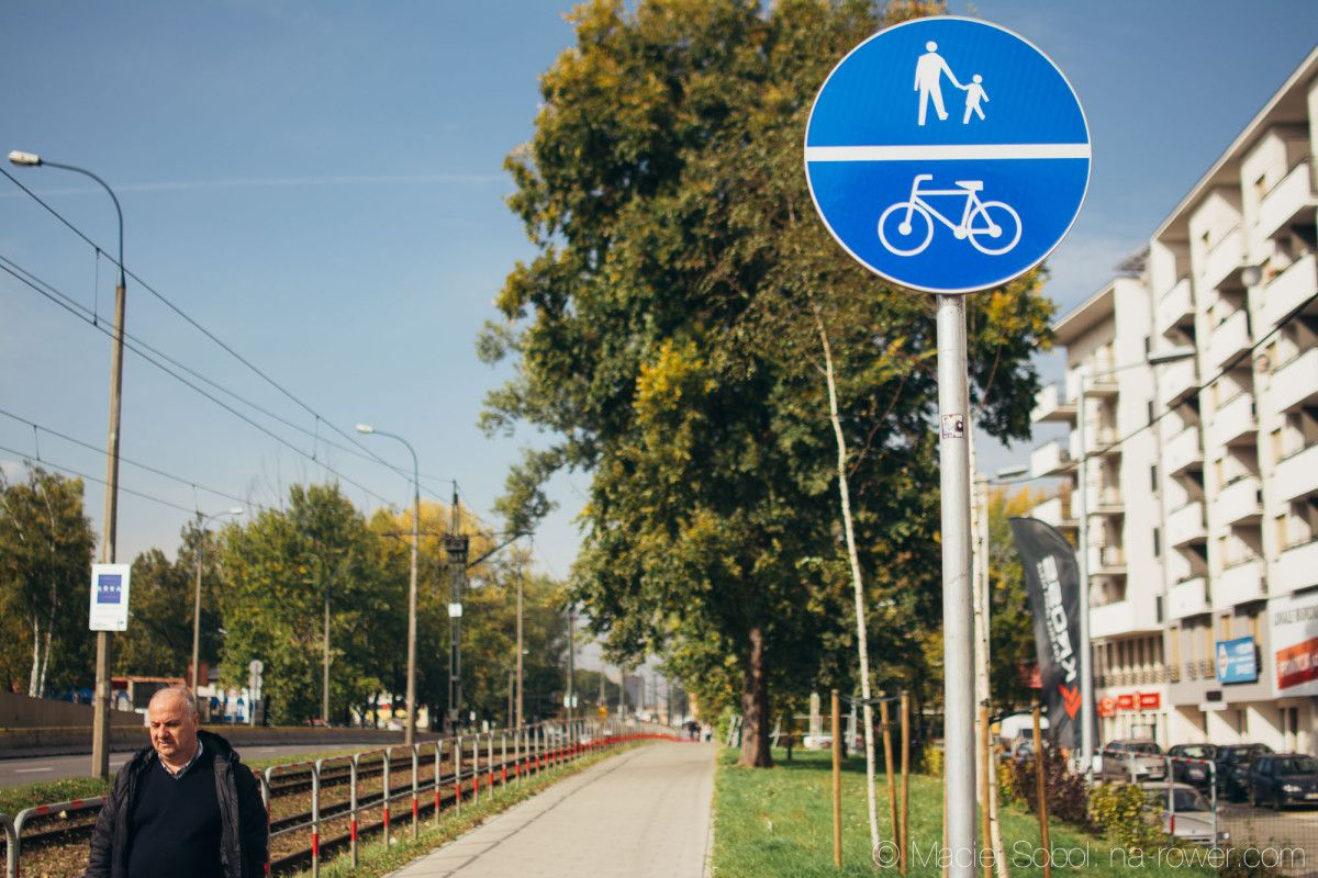 Zmiany w przepisach rowerowych. Co się zmienia po 9.10.2015? Wiem co myślą rowerzyści, a dokładnie 11 000 rowerzystów!