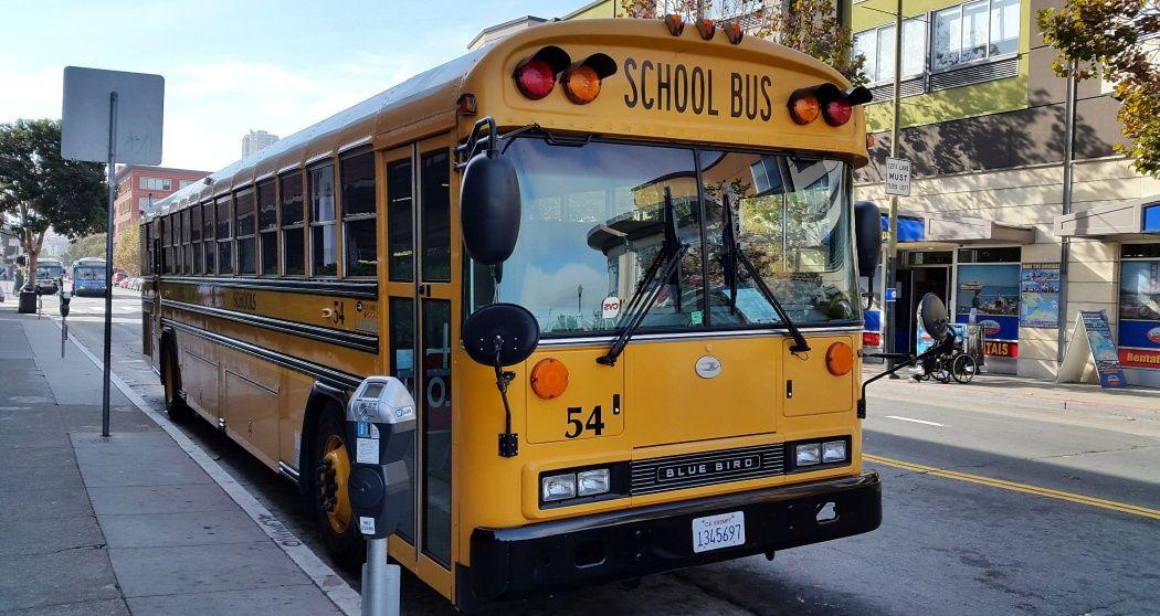 autobus-szkolny