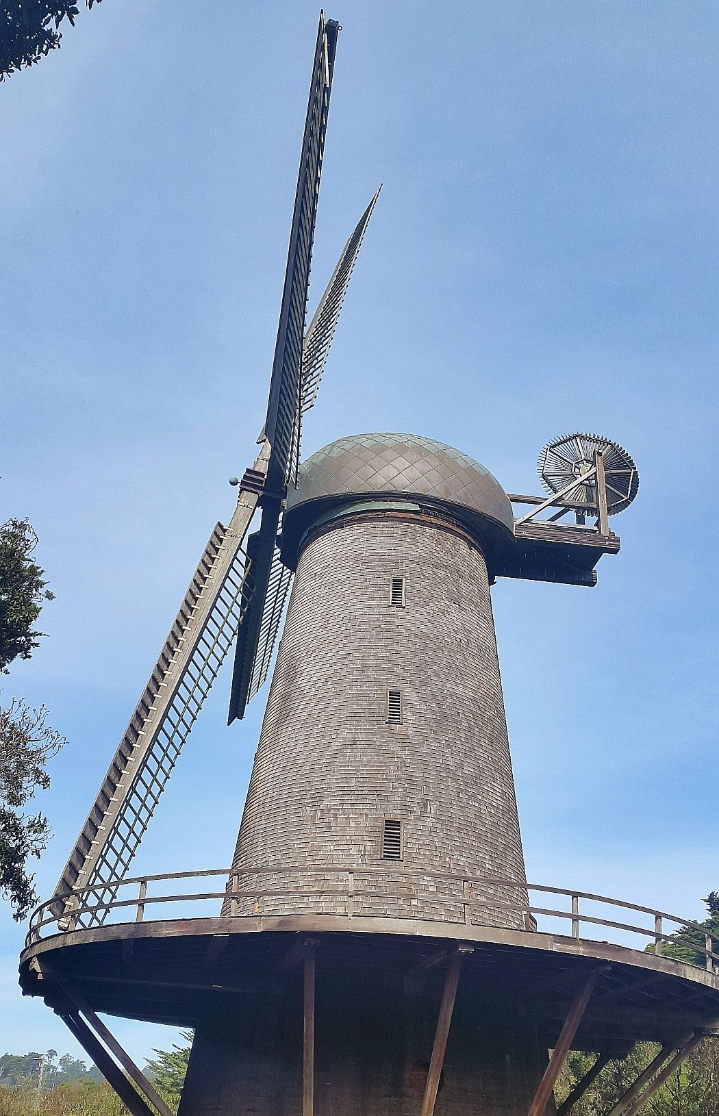 wiatrak windmill