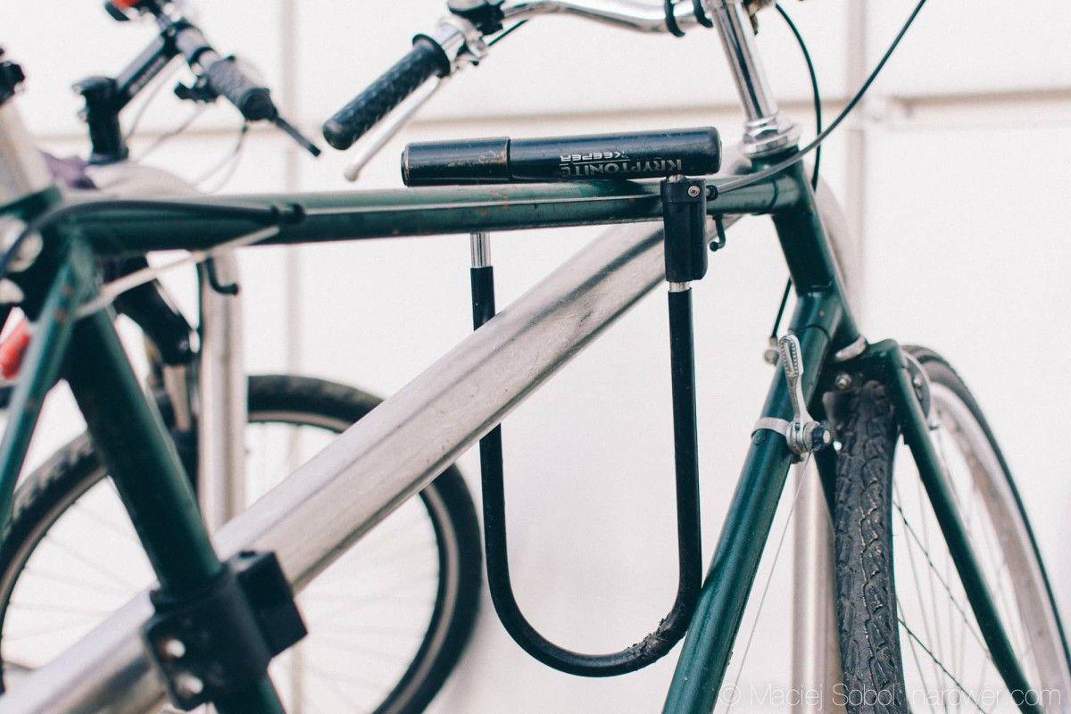 Rowerowe prezenty dla rowerzysty na każdą okazję u-lock rowerowy