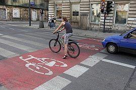 Śluzy rowerowe, Pasy rowerowe, Kontrapas