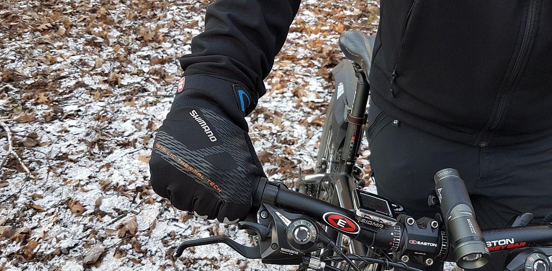 Ciepłe rękawice na rower