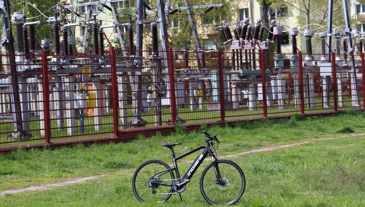 Niedrogi rower elektryczny