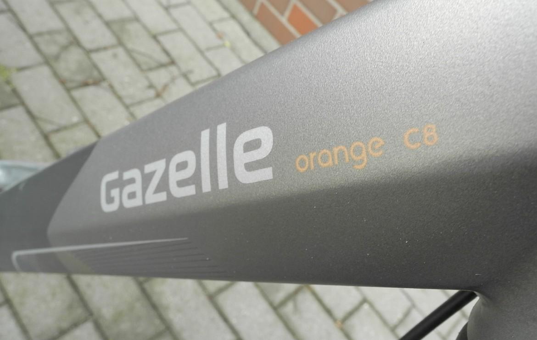 Gazelle Orange C8