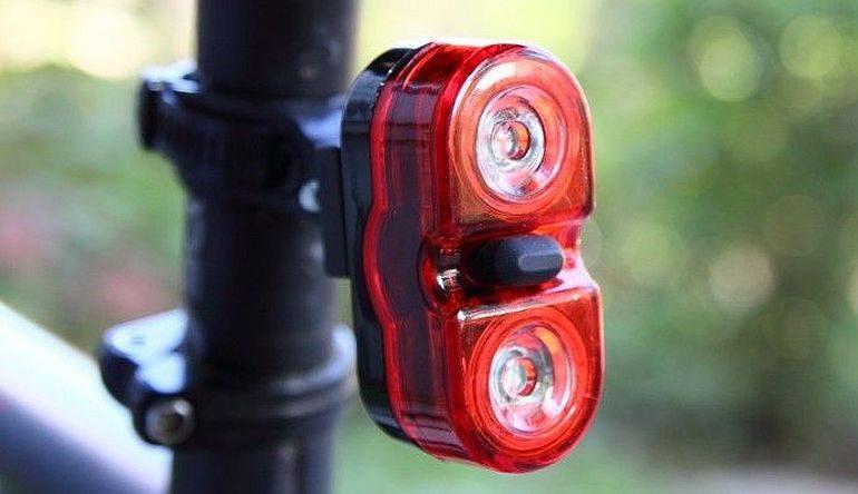 Tylna lampka rowerowa