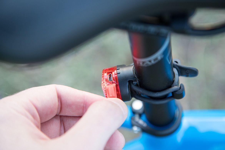 Czas ładowania lampki rowerowej przez USB