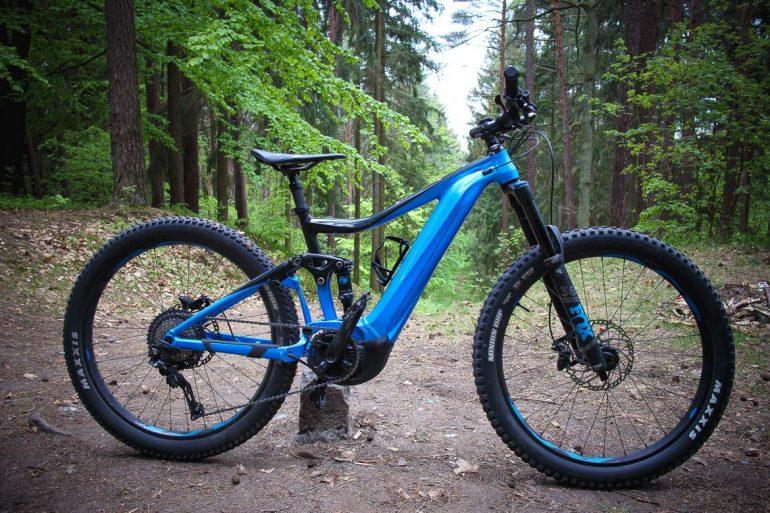 Jak ładować akumulator w rowerze elektrycznym