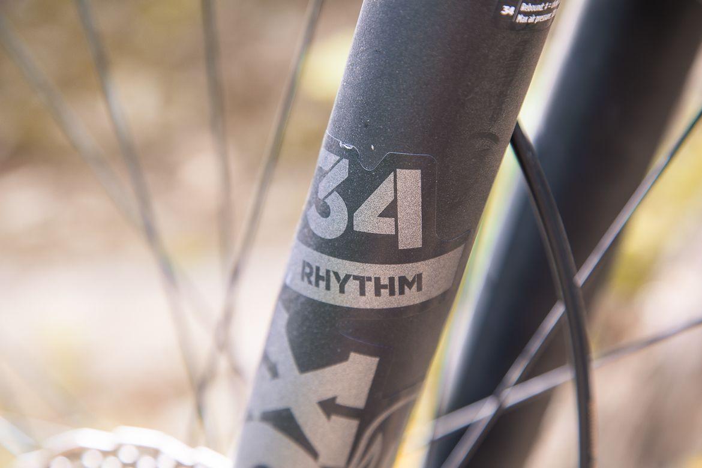 FOX 34 Rhythm