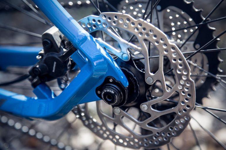 Piszczące hamulce tarczowe w rowerze